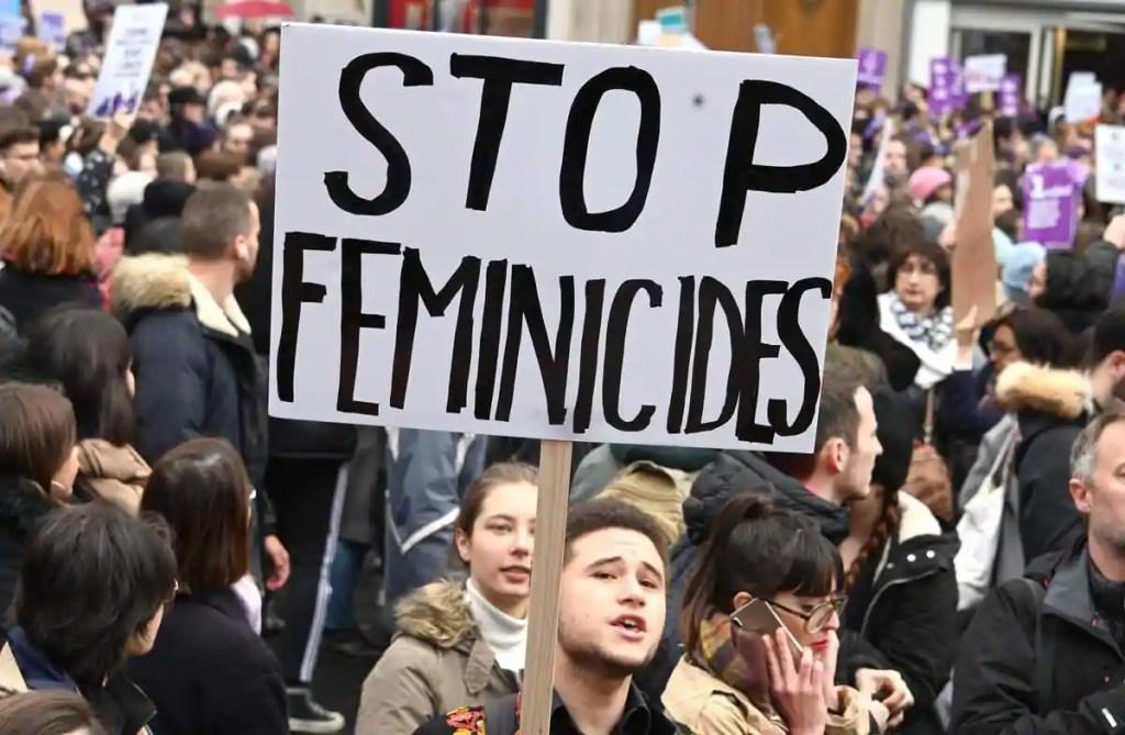 Après un an d'enquête sur les féminicides, «Le Monde» sort un documentaire sur France 2