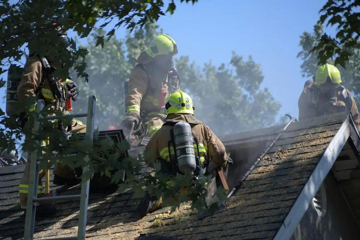 [PHOTOS] Un incendie éclate dans un immeuble à logements de Beauport