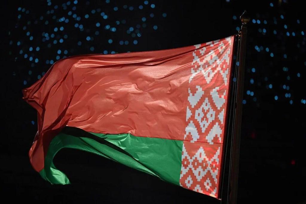 Présidentielle au Bélarus: l'indétrônable Loukachenko défié par une novice