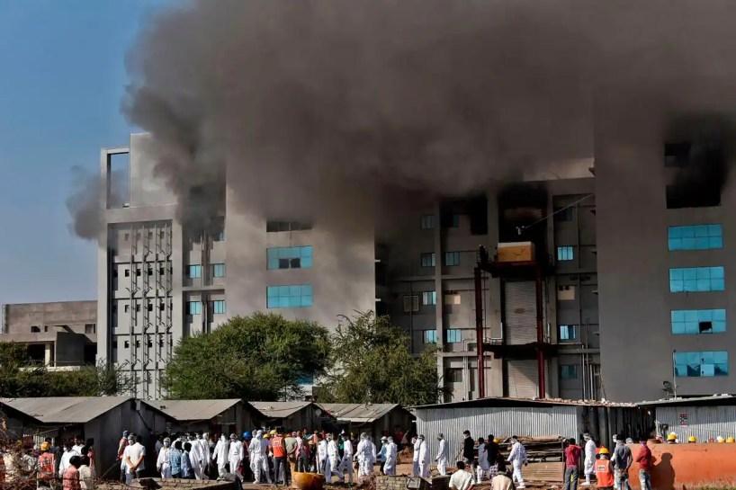 Cinq morts dans un incendie sur le site plus grand fabricant de vaccins