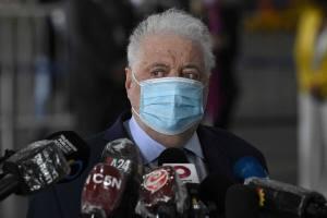 Scandale en Argentine: le ministre vaccinait ses amis au ministère