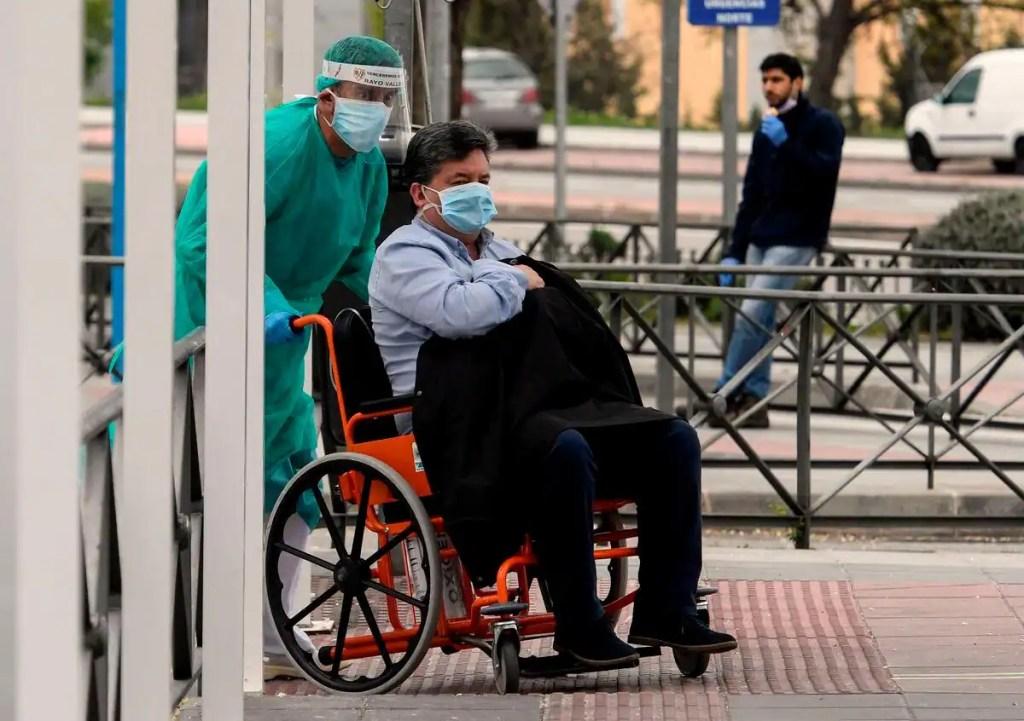 Coronavirus: deuxième jour avec plus de 900 morts en Espagne