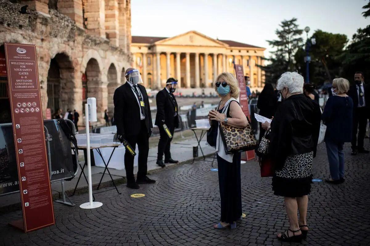 Hausse des contagions en Europe: l'Italie s'inquiète d'être «encerclée»