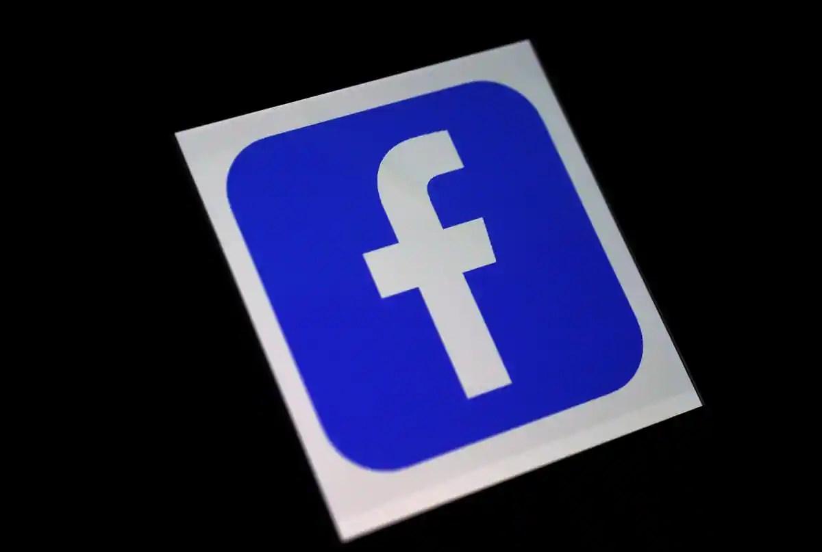 Facebook démantèle un réseau de comptes promouvant Trump depuis la Roumanie