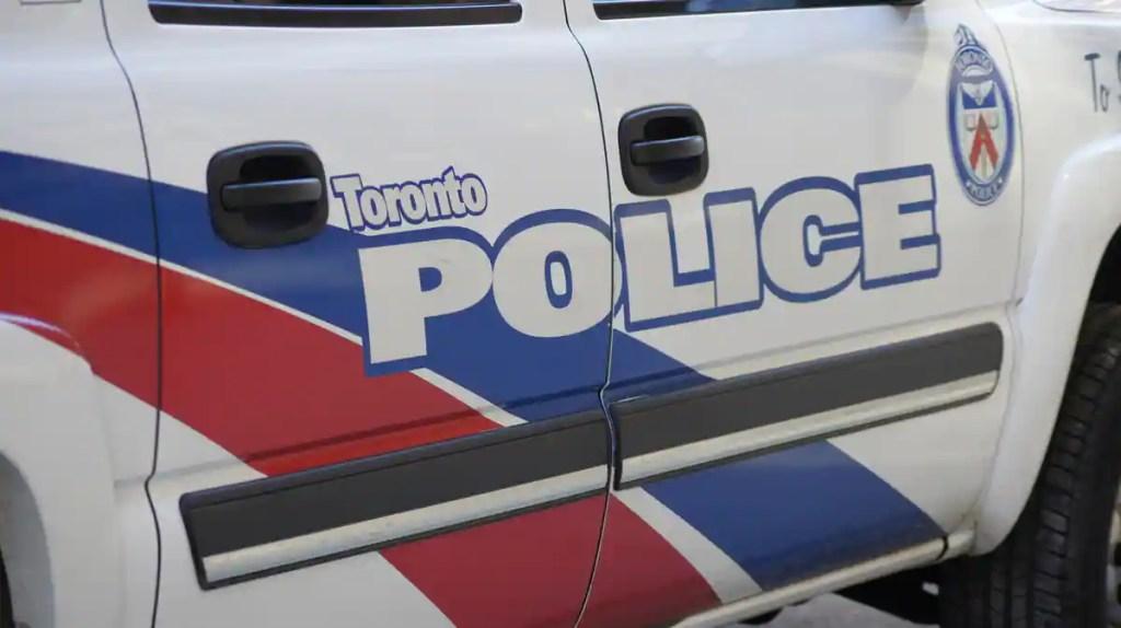 Deux enfants poignardés à Toronto: une femme est arrêtée