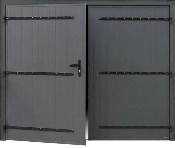 Porte De Garage Battante Manuelle Artens Essentiel H 200 X L 240 Cm Isolee Leroy Merlin