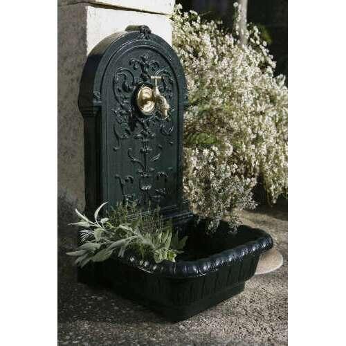 fontaine de jardin en fonte vert renaissance