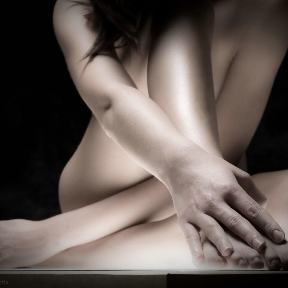 lightbox,hands, nude, legs, arms