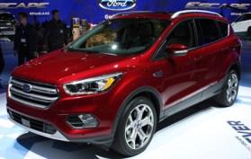 2017-Ford-Escape-Front