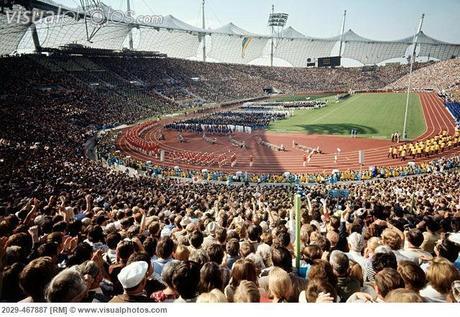 https://i2.wp.com/m5.paperblog.com/i/26/266275/1972-summer-olympic-opening-ceremony-munich-L-35uA5T.jpeg