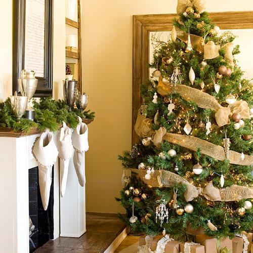 Gold Christmas Tree 06