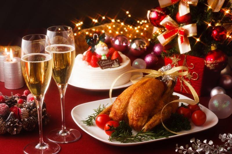 【豆知識】 なぜクリスマスに 七面鳥を食べるのか? どこで手に入ればよいこか?