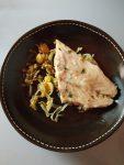 Filets de poisson au garam masala et confit d'oignons