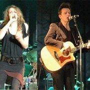 La musique du duo Fergessen n'aurait pas vu le jour sans le soutien moral et financier du monde communautaire musical