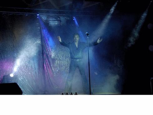 Johnny Starway le sosie du célèbre chanteur est de retour à Alissas en mai 2013 avec Apprendre-internet.eu