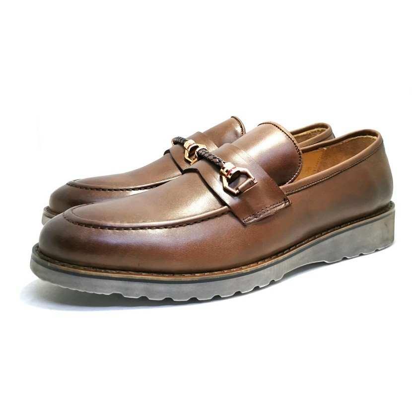 chaussure richelieu Bucky camel