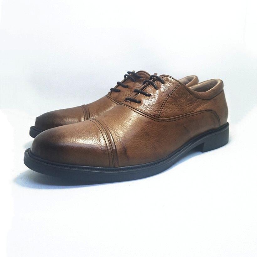 chaussure richelieu Grany camel