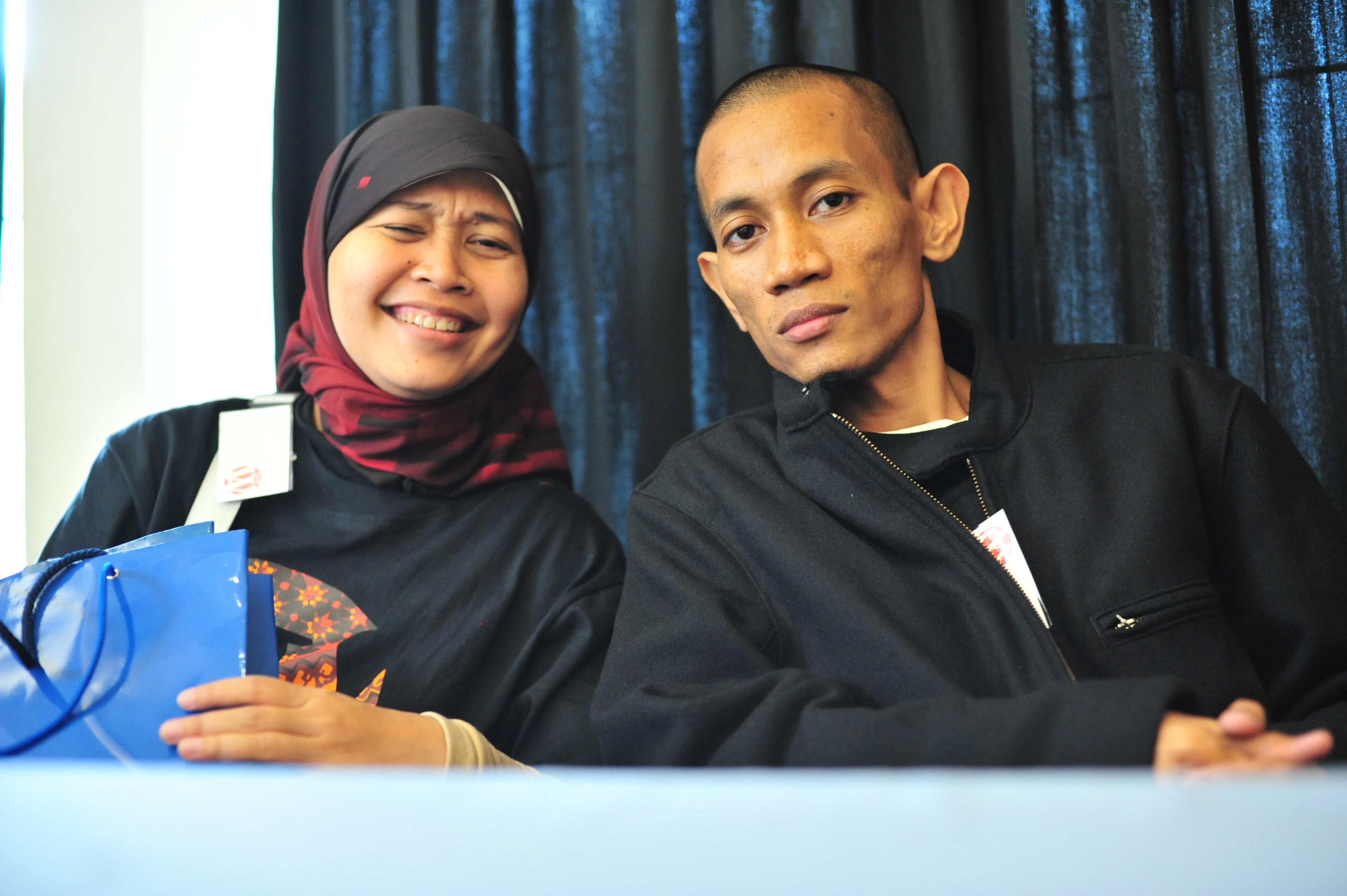 Valent Mustamin, Elok Dewi Astuti