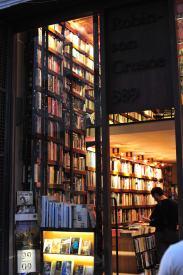 Robinson Crusoe book store