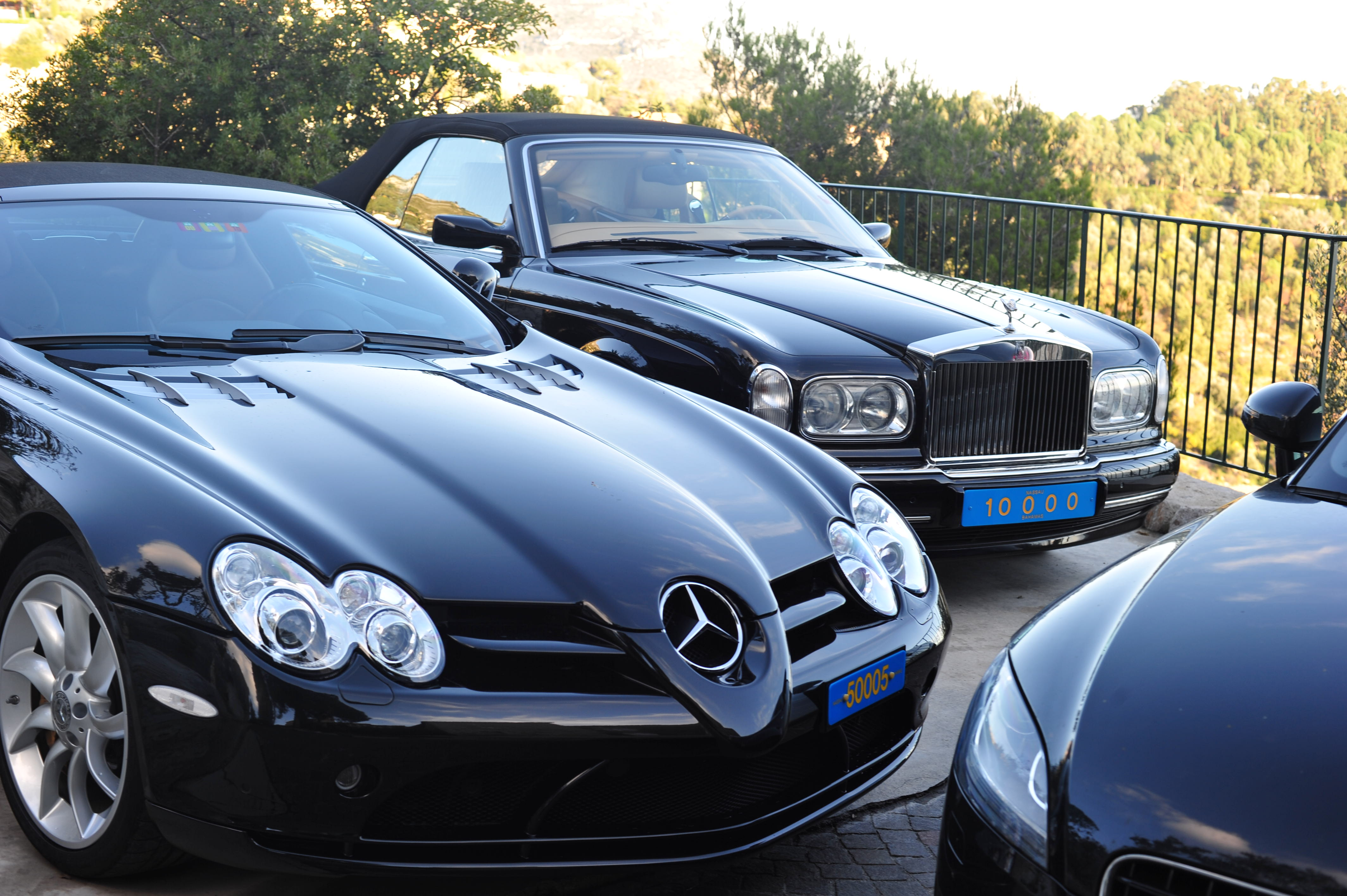 Super-nice cars with Bahamas registration1 Comment