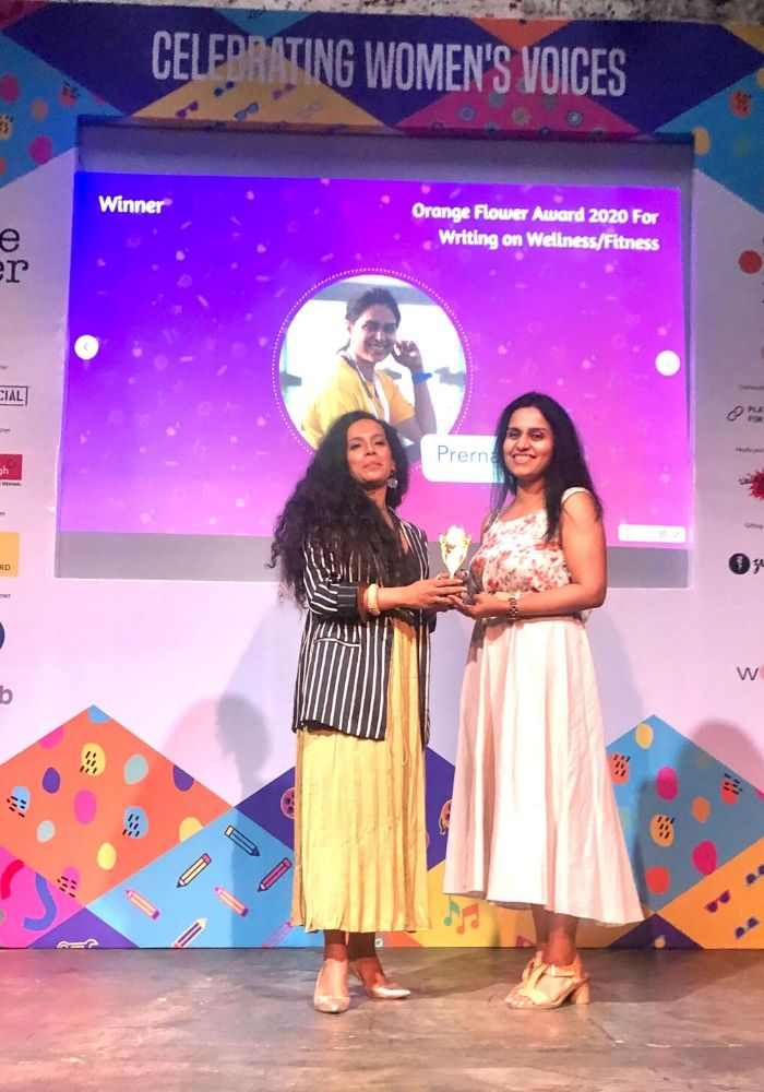 Maa Of All Blogs winning the best fitness and wellness blogger at the #OrangeFlowerFestival2020 by Women's Web