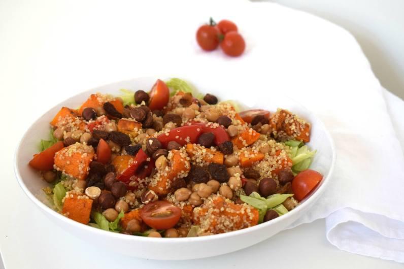Lauwwarme quinoa pompoen salade