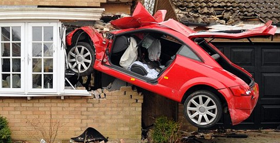 http://www.dailymail.co.uk/news/article-2298350/Young-driver-20s-critical-condition-crashing-Audi-TT-house.html