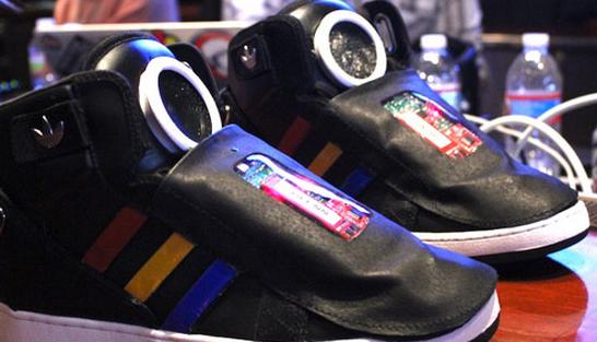 http://abcnews.go.com/blogs/technology/2013/03/sxsw-googles-talking-shoe-motivates-you-to-move/