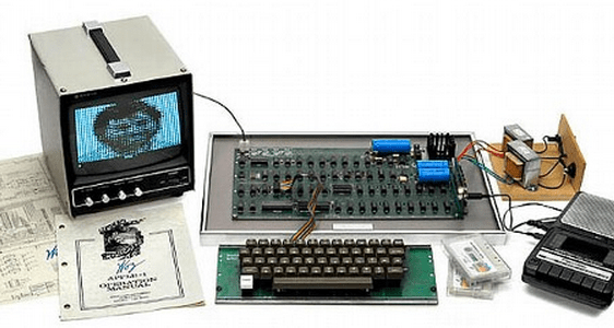 http://abcnews.go.com/blogs/technology/2013/05/vintage-apple-1-sells-for-671000/