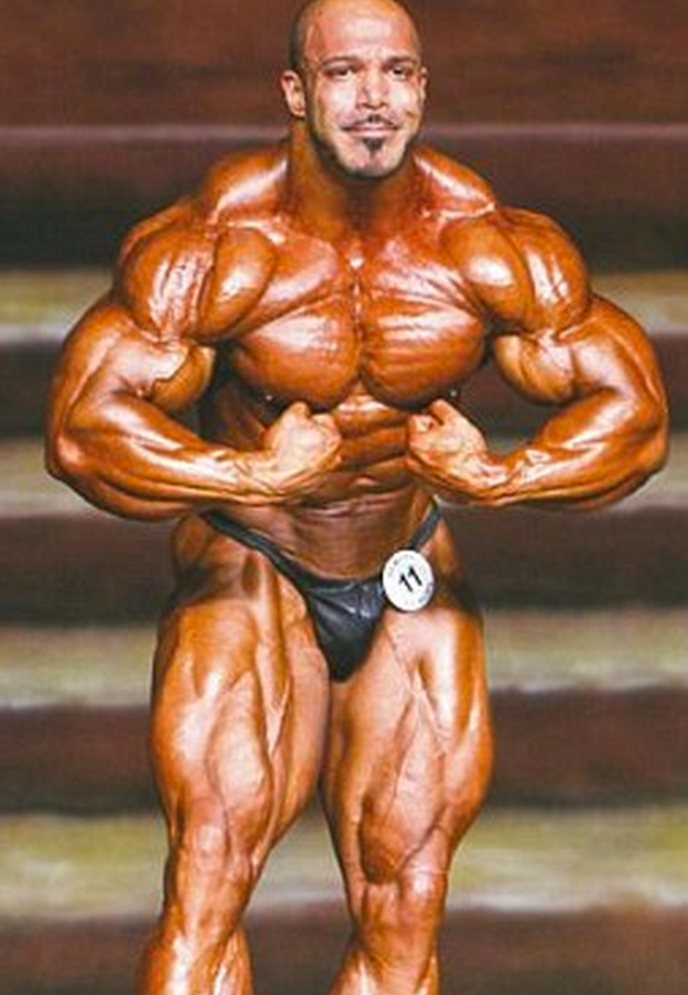 http://www.dailymail.co.uk/news/article-2443678/Britains-Muslim-bodybuilding-champion-Fitness-fanatic-32inch-thighs-daily-intake-5-000-calories-wins-national-title.html