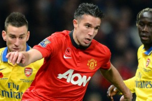 http://edition.cnn.com/2013/11/10/sport/football/manchester-united-arsenal-van-persie/index.html?hpt=hp_bn2