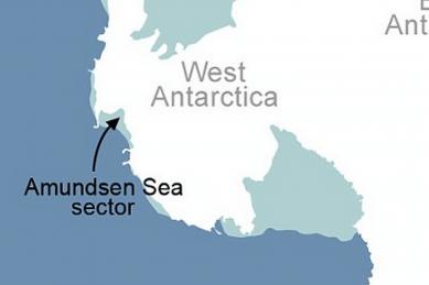 http://www.dailymail.co.uk/news/article-2626412/NASA-spots-worrisome-Antarctic-ice-sheet-melt.html