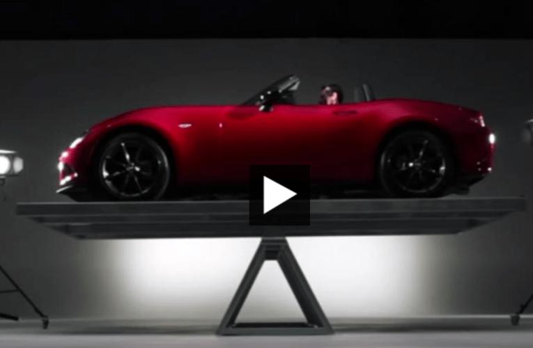 マツダ・ロードスターの50/50比重が証明されたテスト動画