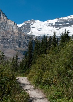 Hiking up toward Glaciers at Lake Louise