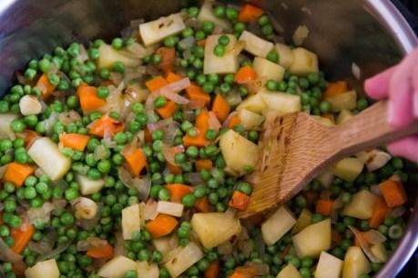טיגון ירקות