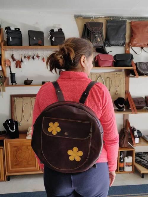 mochilas para tambores, mochilas para panderos, hecho a medida, artesania, piel y cuero
