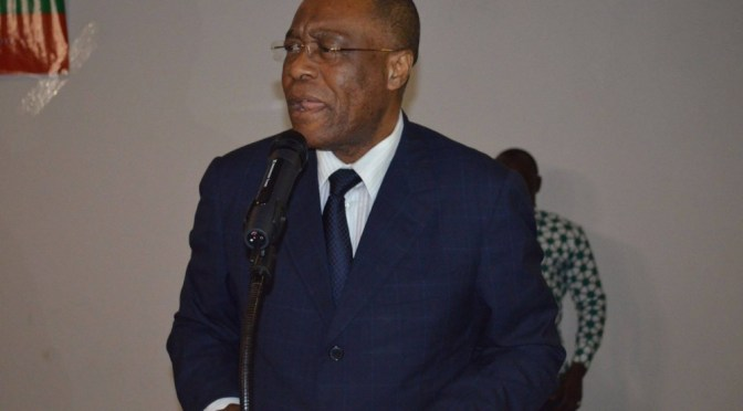 Interview exclusive du Pr. Albert ONDO OSSA: « Jean Ping et Ali Bongo doivent se mettre hors-jeu »