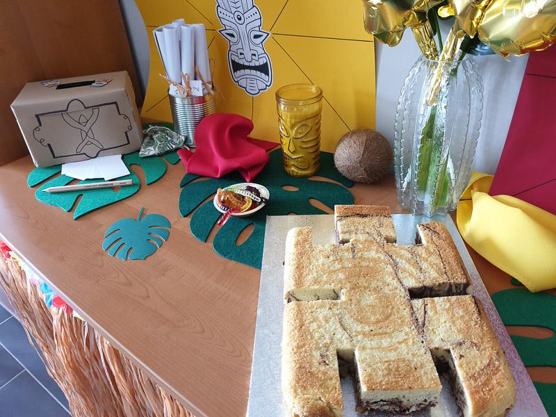 Sa fête d'anniversaire Koh Lanta : organisation et déco le gâteau totem simple et rapide