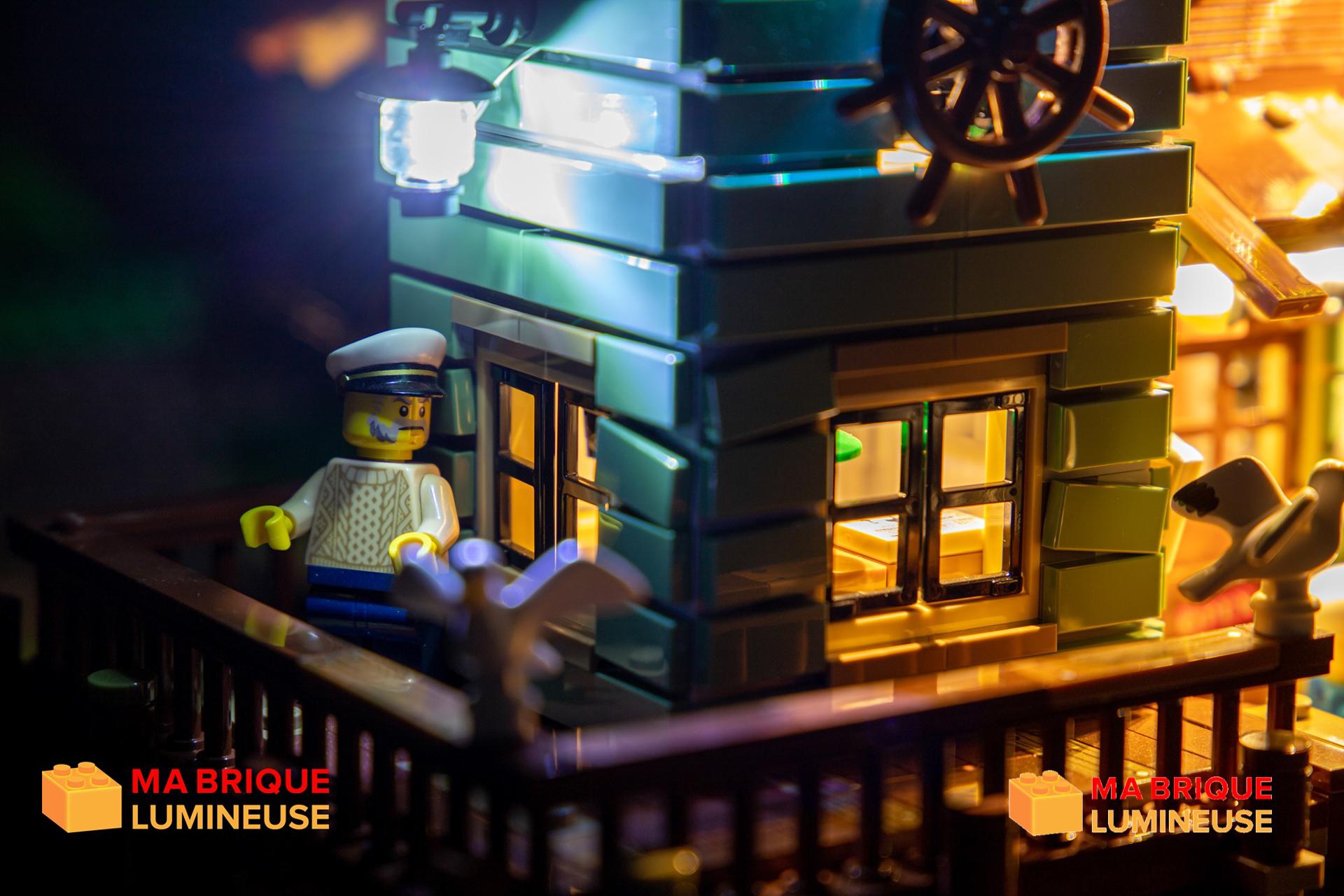 Read more about the article Kit led sur Le vieux magasin de pêche 21310 LEGO ®