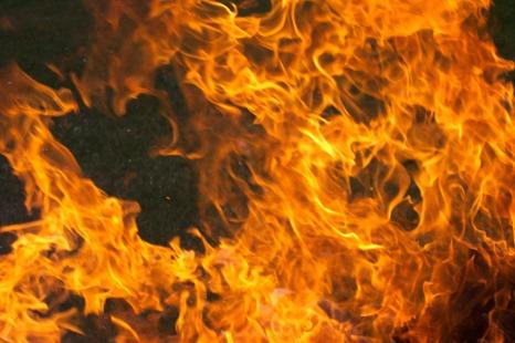 fire-buring-234412889851633Dk