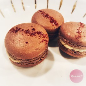 https://goo.gl/So8m72 red velvet macarons recipe can be found here. Tips for baking macarons. Help with macarons bake