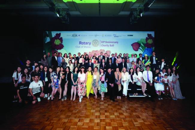 Rotarians of Rotary Club of Macau including Honorary Member, Ambassador and Consul General Kuninori Matsuda of the Japanese Consulate- General of Hong Kong and Macao and Rotaractors of Rotaract Club of Macau and Rotaract Club of University of Macau Students' Union (UMSU)