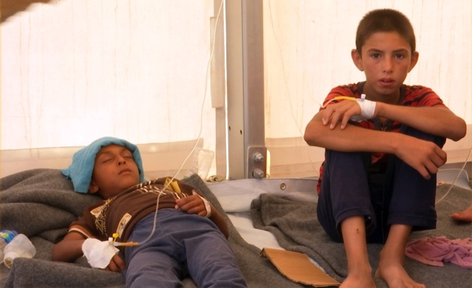 Mass food poisoning, 2 die at Mosul camp for displaced
