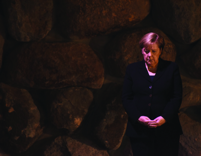 Merkel lands in Israel, heads to dinner with Netanyahu