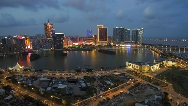 Macau's gross gaming revenue falls 33 percent