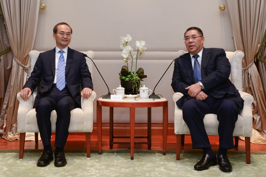 New Ministry of Foreign Affairs commissioner pledges to serve Macau 'wholeheartedly'