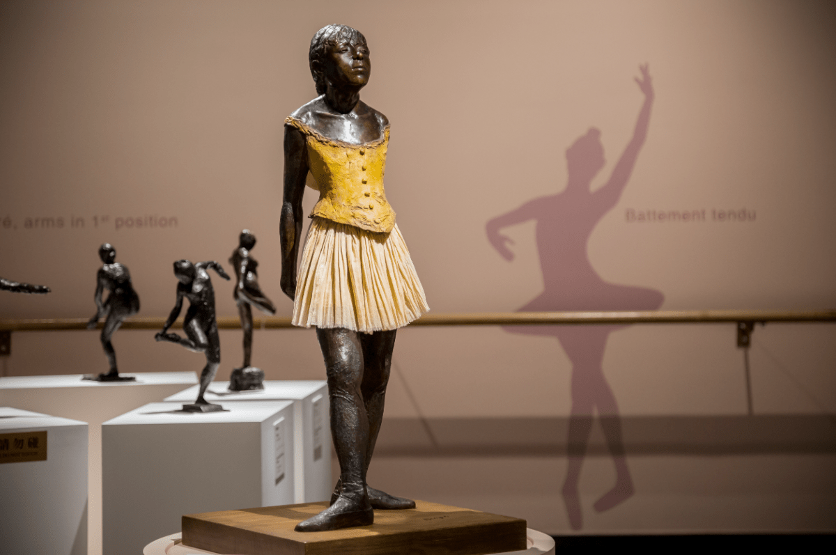 Degas's ballerinas in motion in Macao
