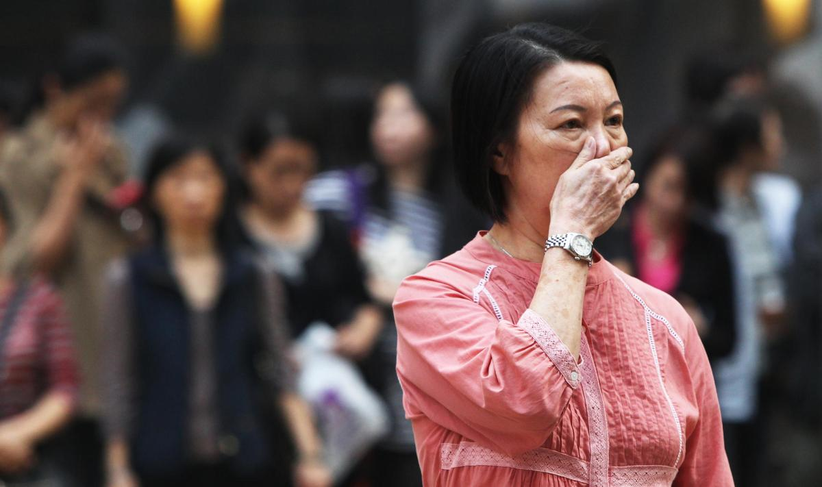 Air quality slightly worsens
