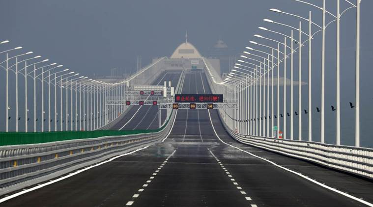 Circulation fee to drive on new bridge priced at MOP 30,000