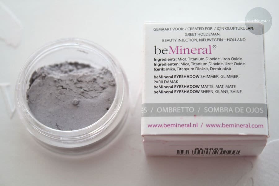 beMineral loose eyeshadow